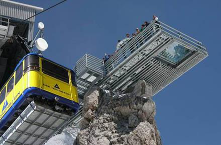 DACHSTEIN – SKYWALK and GLACIAL PALACE